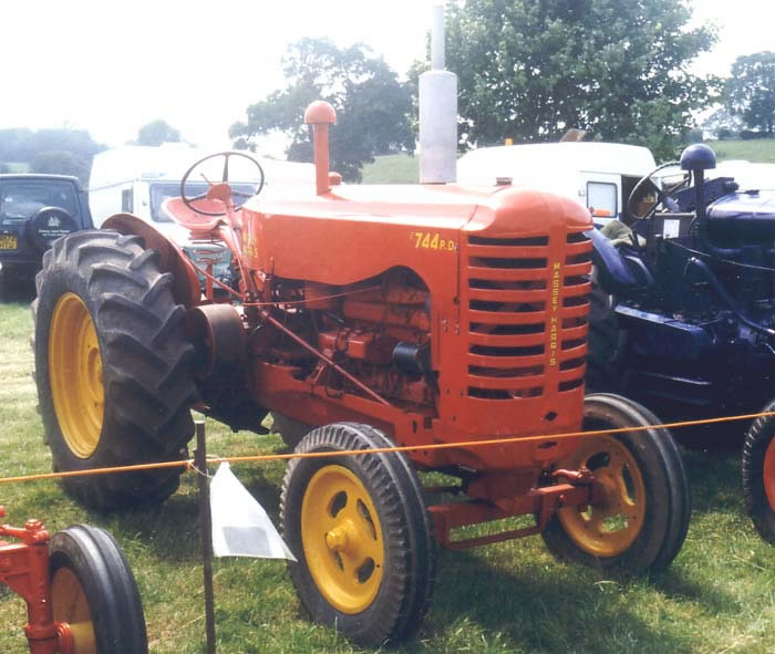 Massey Harris 744 : The massey harris model pd tractor was first produced